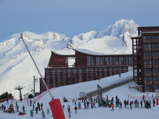 Belambra Clubs - L'Aiguille Rouge : The Hotel with magic carpet to front door
