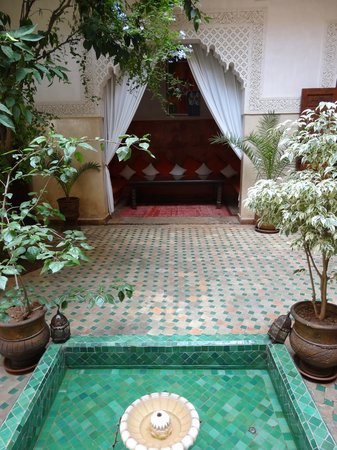 Riad Massiba : The courtyard