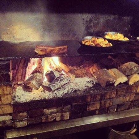 The Gunton Arms: Elk room fire... my steak and my roast potatoes....