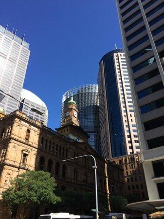 I'm Free Walking Tours: Downtown Sydney