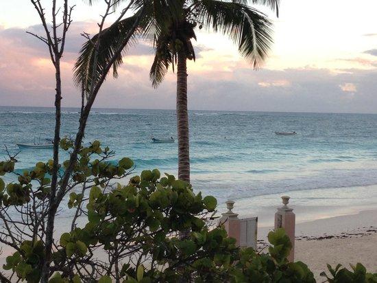 Playa Esperanza: Off our deck