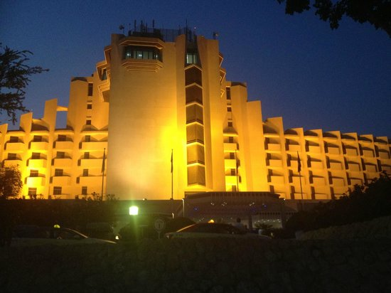JA Jebel Ali Beach Hotel: the main hotel