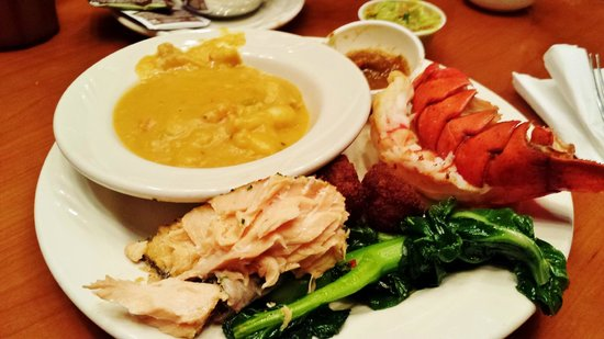 Potrero Canyon Buffet : Lobster Meal #2