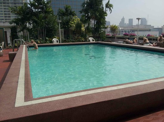 Asia Hotel Bangkok : piscina 12 ° piano