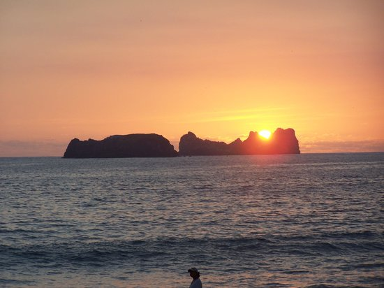 Holiday Inn Resort Ixtapa: typical sunset