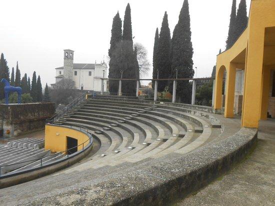 Anfiteatro foto di il vittoriale degli italiani gardone riviera tripadvisor - Bagni italiani recensioni ...