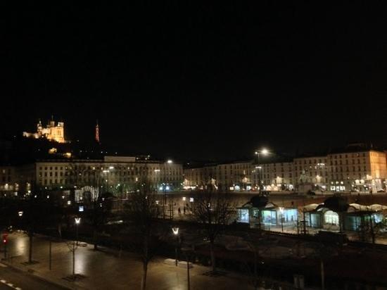 Hotel Bayard Bellecour: vue de la chambre