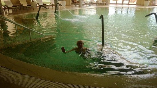 Movenpick Resort & Marine Spa Sousse : out side pool in December 2013 - 28 degr C