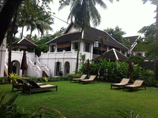 Satri House: Garden