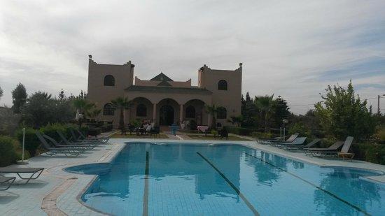Riad Qodwa: Building
