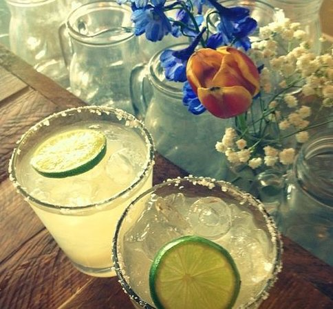Porch and Parlour: Porch Margaritas