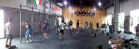 CrossFit Revolver Cancun: A panoramic view