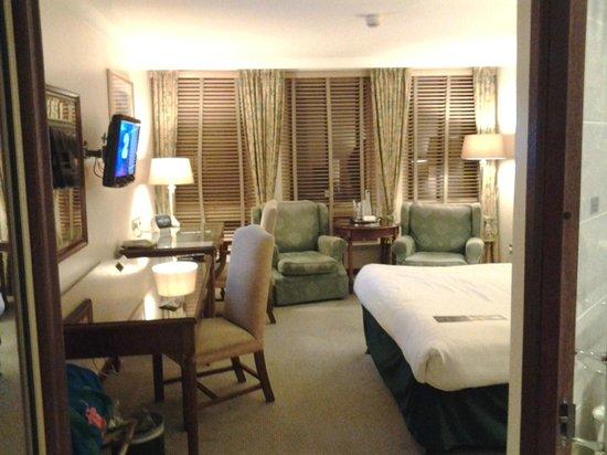 Macdonald Holyrood Hotel : Bedroom2