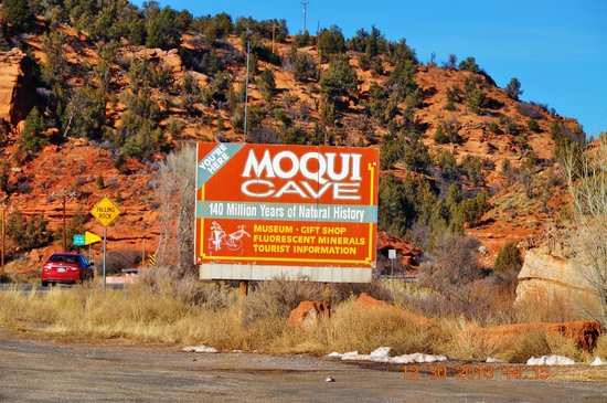 Holiday Inn Express Hotel & Suites Kanab: Cave Moqui