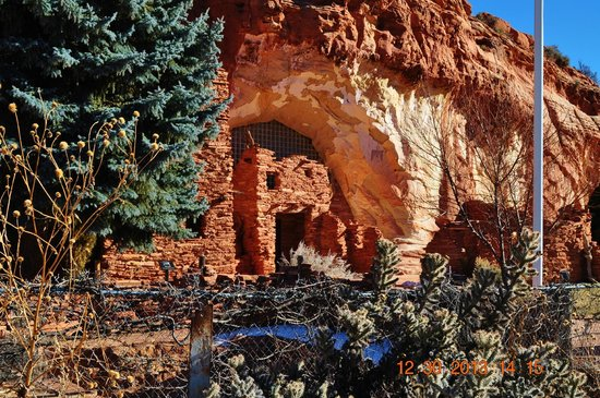 Holiday Inn Express Hotel & Suites Kanab: Moqui Cave
