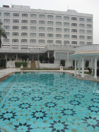 The Gateway Hotel, Agra: Exterior