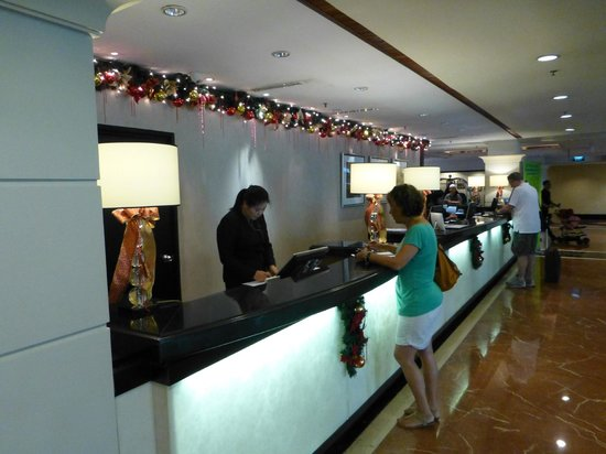 Orchard Parade Hotel by Far East Hospitality: Check in
