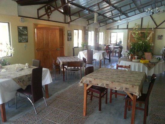 Inti Resort and Villas: Dining room