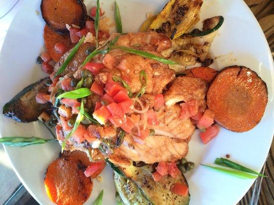 Monarca's Authentic Mexican Cuisine Bar & Grill: Snapper Veracruz
