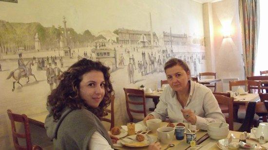 Hotel Cambon: sıcacık bir kahvaltı salonu.
