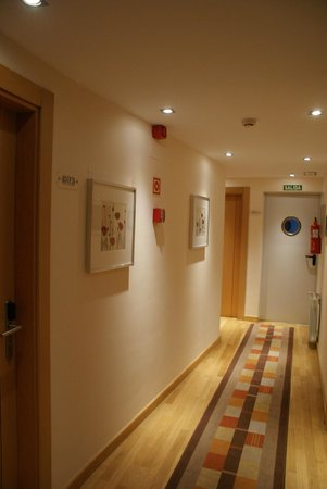 Hotel Castro Real: The corridor