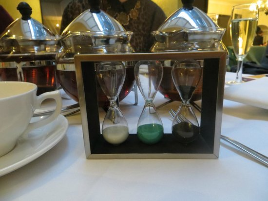 Tiger Green Brasserie: The Twinings egg timers for our tea; a nice touch