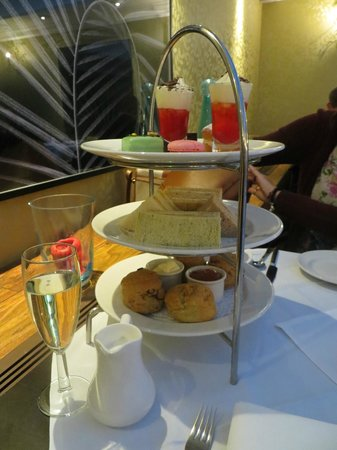 Tiger Green Brasserie: Our afternoon tea stand - everyone's was a bit different; all delicious!