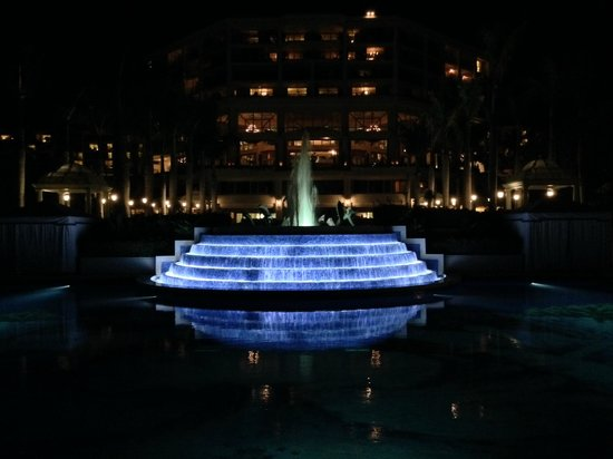 Grand Wailea - A Waldorf Astoria Resort: Pool at night