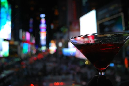 R Lounge at Two Times Square : Manhattan Cocktail