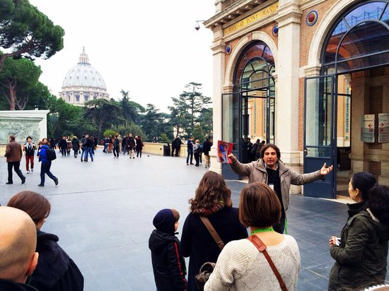 When In Rome Tours: Luigi's Vatican Tour