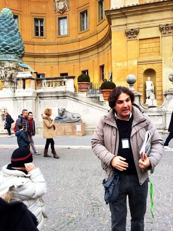 When In Rome Tours: Luigi in his element!