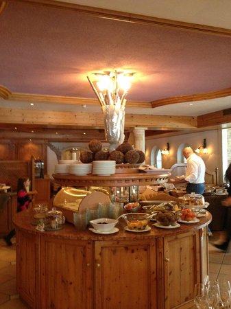 Mountain Spa Resort Hotel Albion : Breakfast buffet