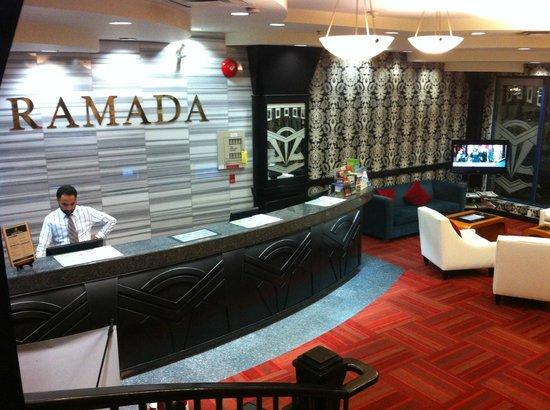 Ramada Vancouver Downtown: Ramada Lobby