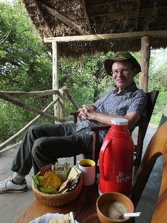 Ol Mesera Tented Camp: Taking tea in style.