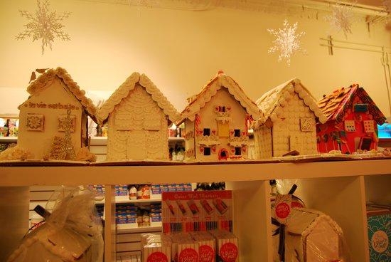 Eleni's Cookies: Eleni's Ginger Houses