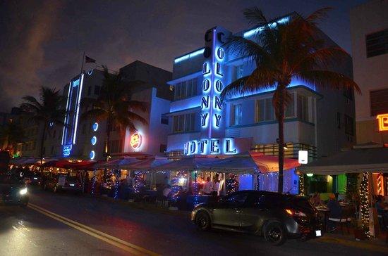 Art Deco Historic District: ocean drive2