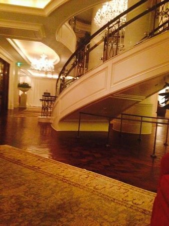The St. Regis Atlanta: lobby