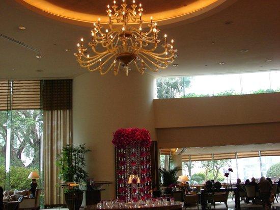 Conrad Hong Kong: Beautiful lobby