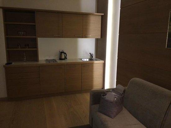 Napura Art & Design Hotel: мини кухня
