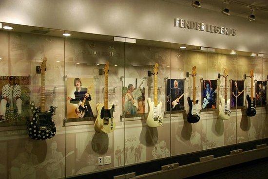 Fender Guitar Visitor Center : Rock and Roll Legends