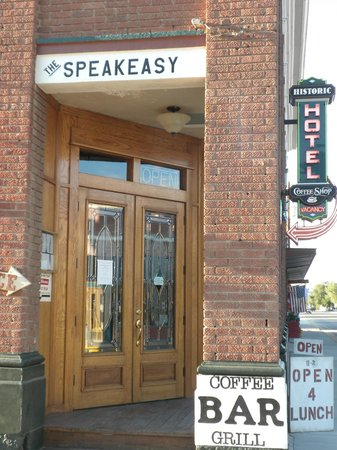 Historic Hotel Greybull: Entrance