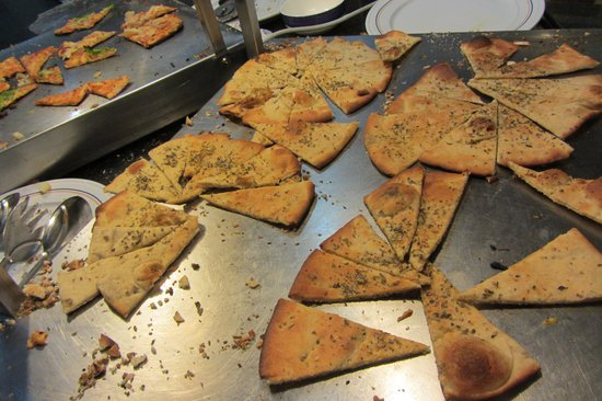 IBEROSTAR Laguna Azul: Herb Flatbread at Buffet