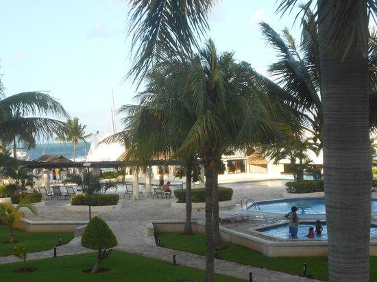 Ocean Spa Hotel: Área da piscina