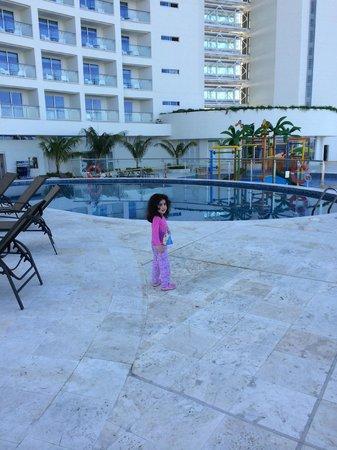 Corales de Indias : Piscina para niños y piscina para adultos