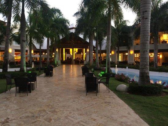 Dreams Palm Beach Punta Cana: View of the lobby
