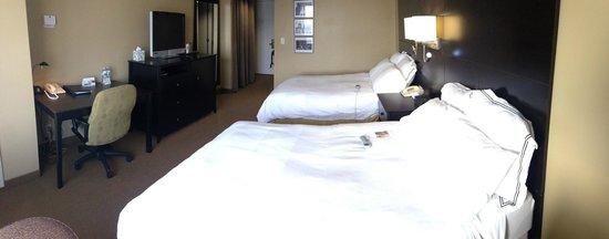 Radisson Hotel Fargo: very comfy beds