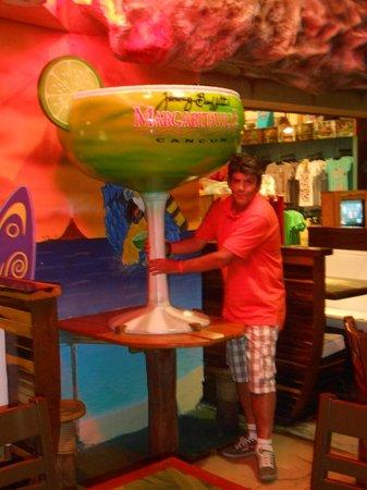 Margaritaville: Margarita Gigante