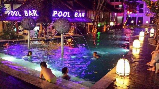 Pool Bar Picture Of Grand Mega Resort Spa Kuta Tripadvisor