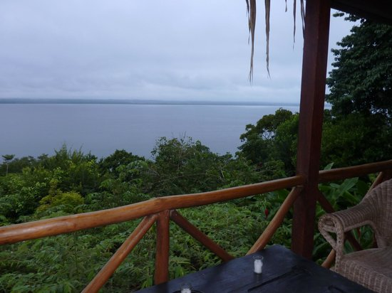 La Lancha Lodge: view from the lake view cottage