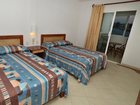 Hotel Suites Ixtapa Plaza: HABITACION ESTANDAR SUPERIOR